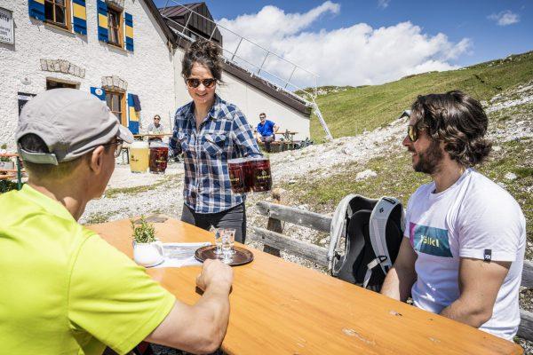 Buchung und Biergarten